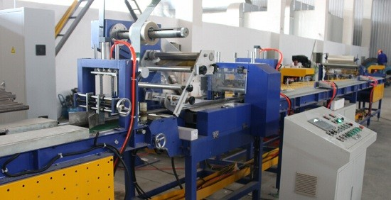 tube bagging machine and packing machine