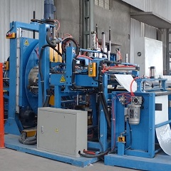Automatic plastic pipe bundle making and bagging machine