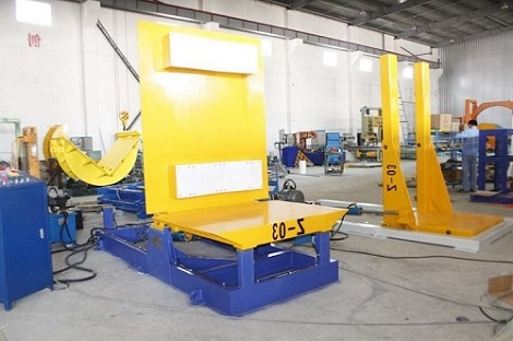 Hydraulic tilter with different working table