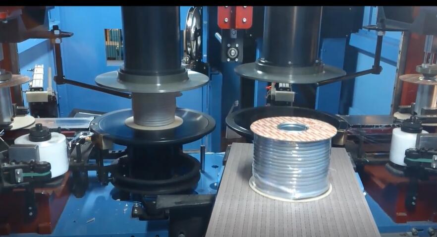自动工字轮管材收卷包装机-风鼎机械