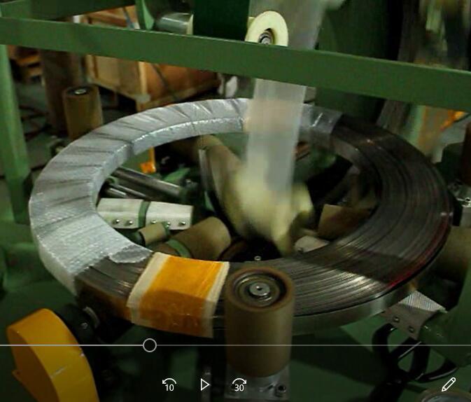 钢带缠绕包装机